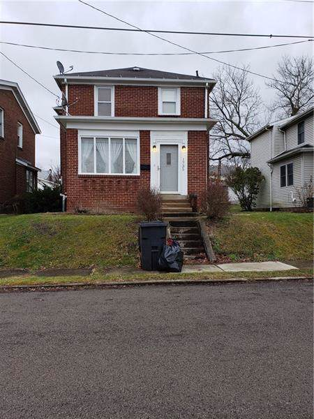 1735 Hall Ave, Sharpsville, PA 16150 (MLS #1433998) :: Dave Tumpa Team