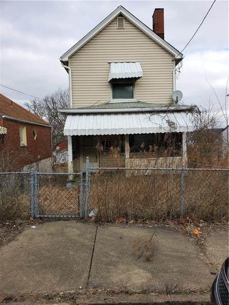 627 Park Ave, Clairton, PA 15025 (MLS #1435970) :: Dave Tumpa Team