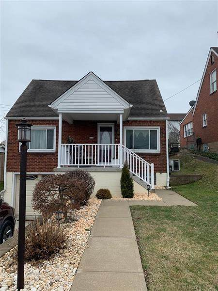 1715 Maine Ave, West Mifflin, PA 15122 (MLS #1436621) :: Dave Tumpa Team