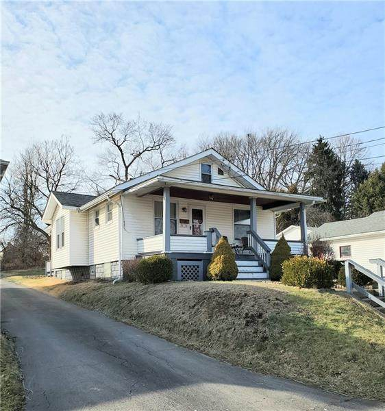 617 16th Ave, Beaver Falls, PA 15010 (MLS #1437024) :: RE/MAX Real Estate Solutions