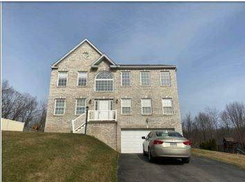 139 Mccracken Dr, Aliquippa, PA 15061 (MLS #1442926) :: RE/MAX Real Estate Solutions