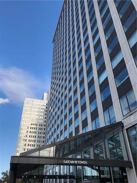 320 Fort Duquesne Blvd 4K, Downtown Pgh, PA 15222 (MLS #1443651) :: Dave Tumpa Team