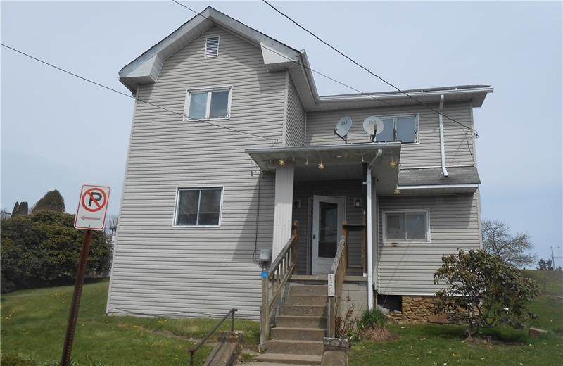 124 Perry St - Photo 1