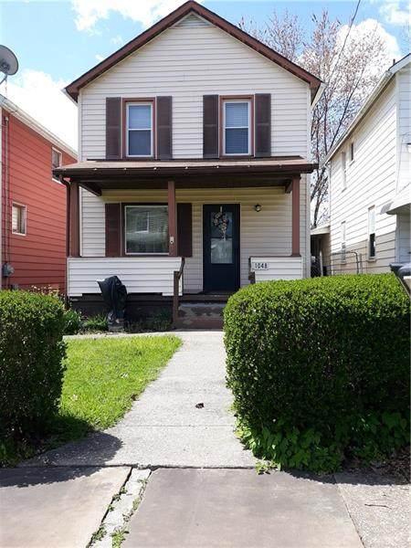1048 Fruit Ave, Farrell, PA 16121 (MLS #1444184) :: Dave Tumpa Team