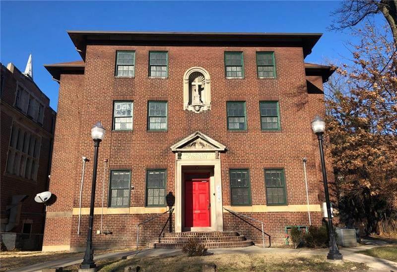 7119 Hamilton Ave - Photo 1