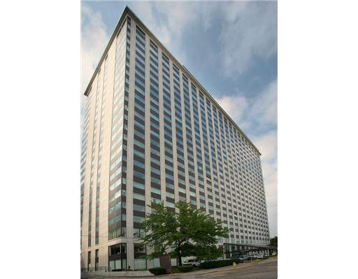 320 Fort Duquesne Blvd. 19K, Downtown Pgh, PA 15222 (MLS #1446890) :: Dave Tumpa Team