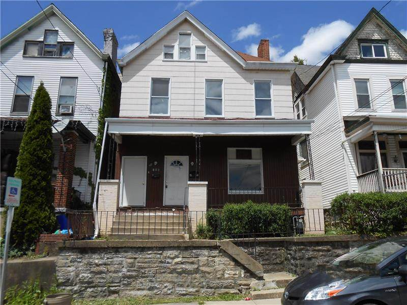 240 Kennedy Ave - Photo 1