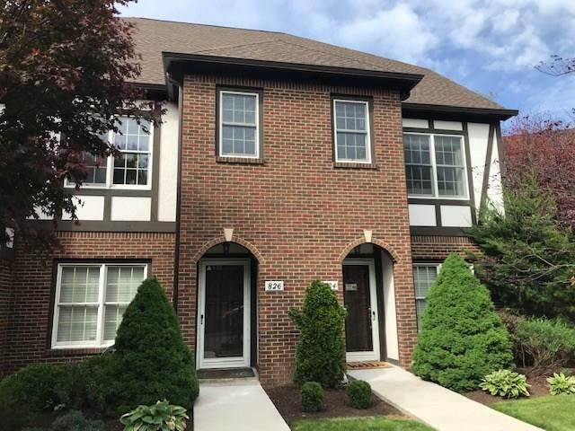 826 Kingsberry Circle, Mt. Lebanon, PA 15234 (MLS #1447989) :: RE/MAX Real Estate Solutions