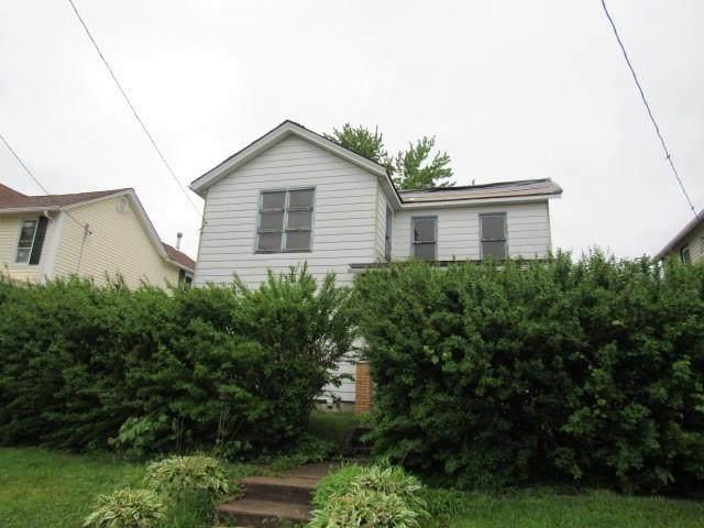 331 Harrison Avenue, Leechburg Boro, PA 15656 (MLS #1449057) :: Dave Tumpa Team