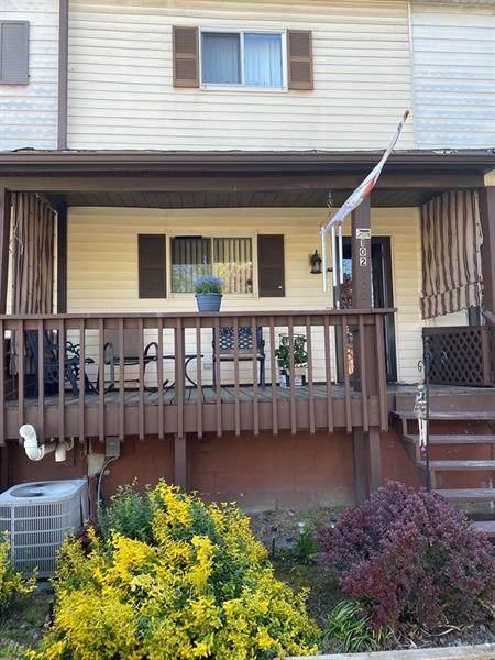 102 Munson Ave, Mckees Rocks, PA 15136 (MLS #1449493) :: Broadview Realty