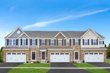 137 Black Oak Lane 110C, Cecil, PA 15057 (MLS #1452463) :: The SAYHAY Team