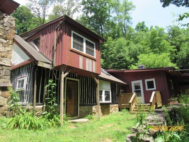 126 Patz Lane, Armstrong/Shelocta, PA 16262 (MLS #1454242) :: RE/MAX Real Estate Solutions