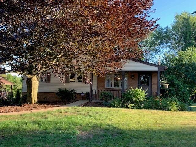 4023 Crestwood Dr, West Deer, PA 15044 (MLS #1454449) :: RE/MAX Real Estate Solutions