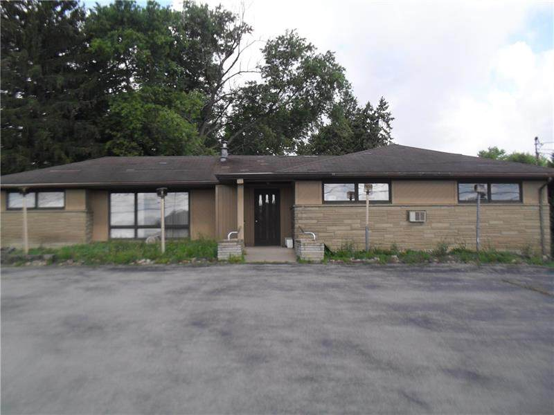 6533 State Rd 819 - Photo 1