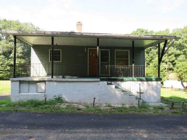 101 Martin Ave, Independence - Wsh, PA 15312 (MLS #1467758) :: The Dallas-Fincham Team