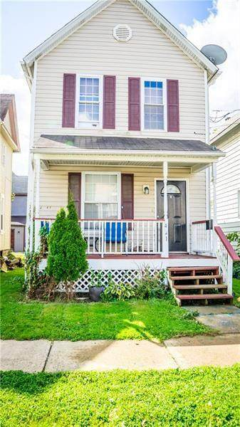 421 W North St, City Of But Nw, PA 16001 (MLS #1470145) :: Dave Tumpa Team