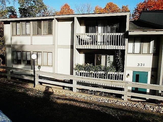 321 Ridge Point Circle 31B, South Fayette, PA 15017 (MLS #1473171) :: Hanlon-Malush Team
