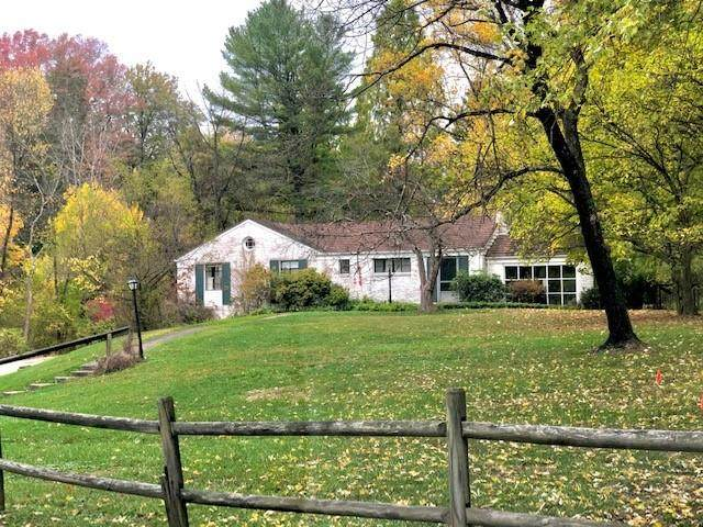 205 Foxhurst Dr, Fox Chapel, PA 15238 (MLS #1474702) :: Broadview Realty