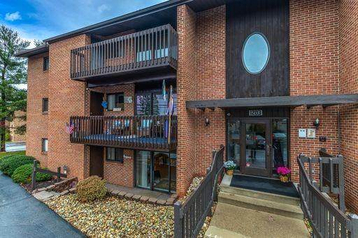1203 Dutilh Rd #5, Cranberry Twp, PA 16066 (MLS #1475006) :: RE/MAX Real Estate Solutions