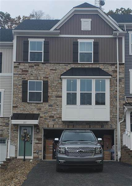 137 Moyer Hill Drive, Cranberry Twp, PA 16066 (MLS #1475185) :: RE/MAX Real Estate Solutions