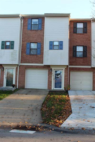 212 Woodhaven Dr, Seven Fields Boro, PA 16046 (MLS #1477277) :: Broadview Realty