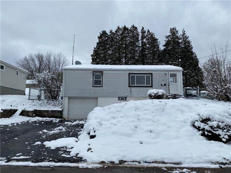 261 Montana Ave - Photo 1