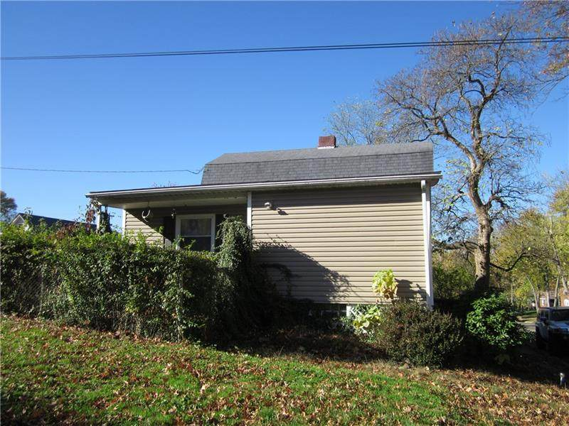 606 Campbell Ave. - Photo 1