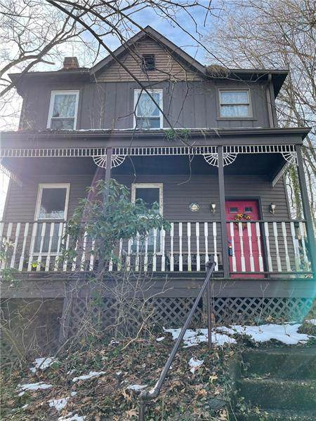 921 Maple St - Photo 1