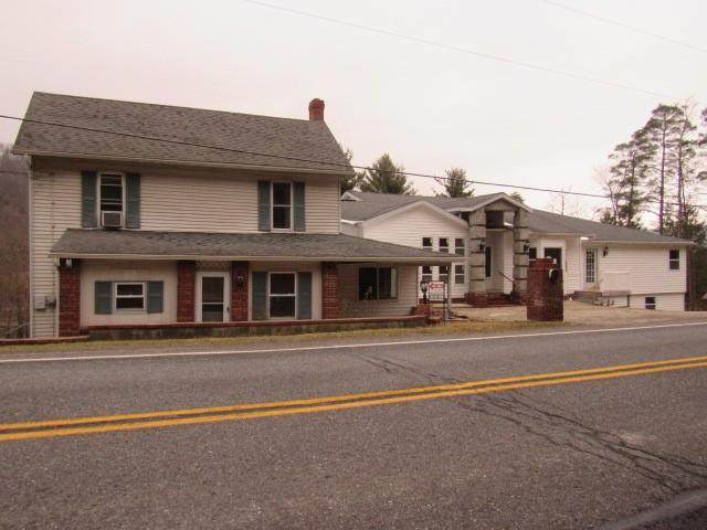 2280 Whistler Road, Quemahoning Twp, PA 15936 (MLS #1483039) :: The SAYHAY Team
