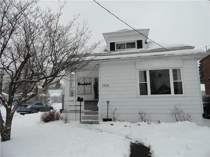 2924 Emerson Ave - Photo 1