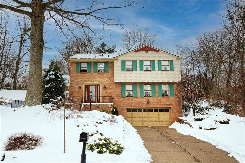 1315 Chartwell Dr - Photo 1