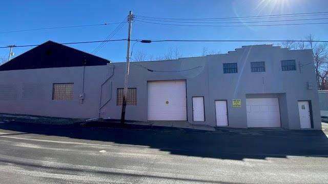 209 Florence Ave, New Castle/4Th, PA 16101 (MLS #1487583) :: Hanlon-Malush Team