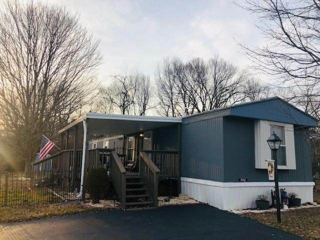 96 Grace Lane, North Fayette, PA 15057 (MLS #1488614) :: Broadview Realty