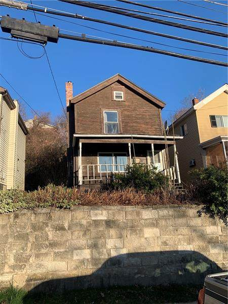 924 Wallace St, Vandergrift - Wml, PA 15690 (MLS #1492599) :: Broadview Realty
