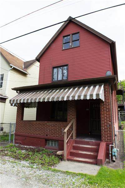 434 Pennsylvania Ave, Wall Boro, PA 15148 (MLS #1499336) :: Dave Tumpa Team