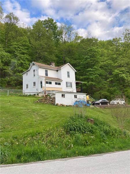 2661 Baker School, North Huntingdon, PA 15642 (MLS #1499561) :: Broadview Realty