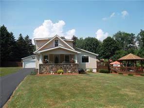 443 Ridgelawn Ave, Neshannock Twp, PA 16105 (MLS #1500885) :: The SAYHAY Team