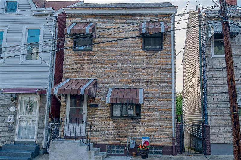 320 Darsie Street - Photo 1