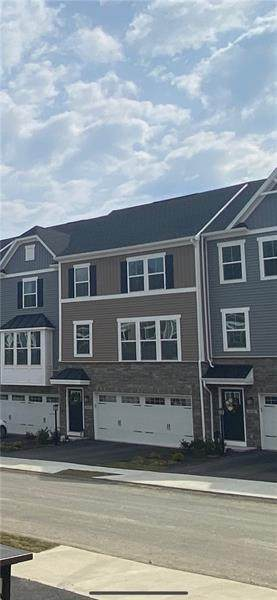5003 Crown Drive, South Park, PA 15129 (MLS #1502487) :: The SAYHAY Team
