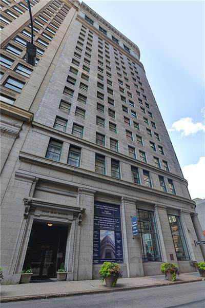 300 4th Avenue #1201, Downtown Pgh, PA 15222 (MLS #1504700) :: The SAYHAY Team