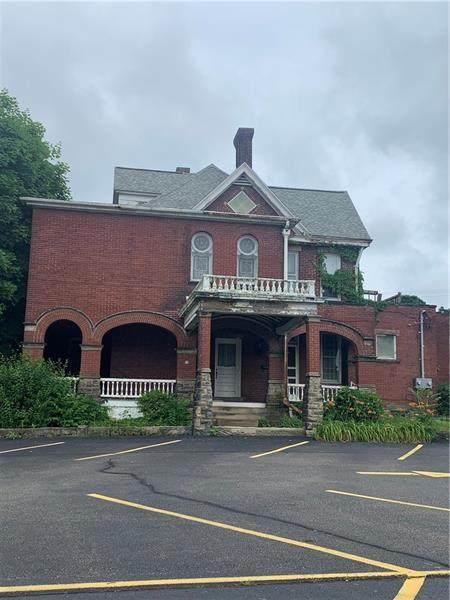 210 W Main, Uniontown, PA 15401 (MLS #1505130) :: Dave Tumpa Team