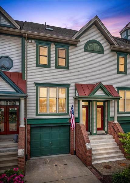3 Waterside Place, Washington's Landing, PA 15222 (MLS #1505769) :: Dave Tumpa Team