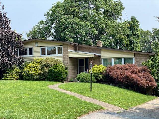1317 Woodcliffe Drive, Monroeville, PA 15146 (MLS #1512090) :: Dave Tumpa Team