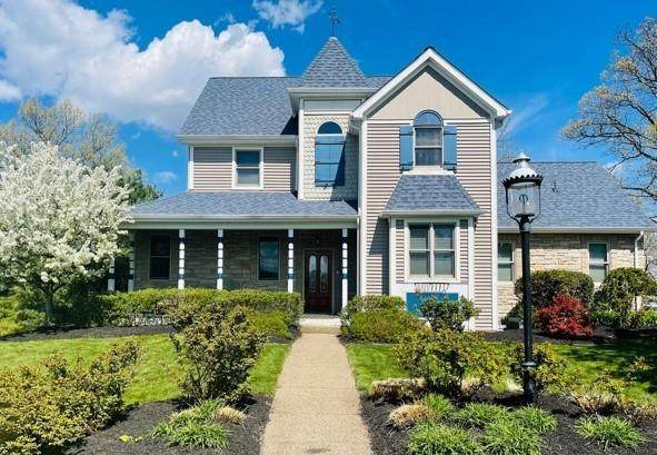 230 Summerlawn Dr, Bell Acres, PA 15143 (MLS #1512466) :: Dave Tumpa Team