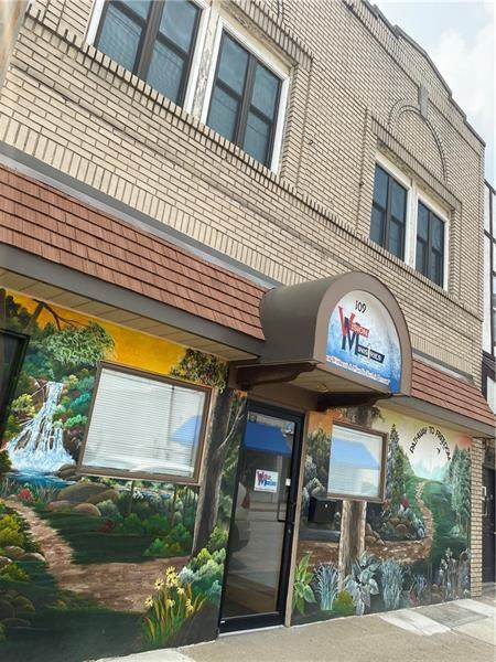 109 N Mercer St, New Castle/1St, PA 16101 (MLS #1512591) :: Dave Tumpa Team