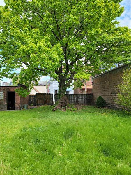 0 41st, Lawrenceville, PA 15201 (MLS #1513334) :: Broadview Realty