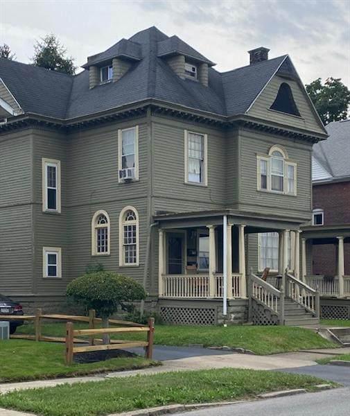 120 E Wallace Avenue, New Castle/1St, PA 16101 (MLS #1521159) :: Dave Tumpa Team