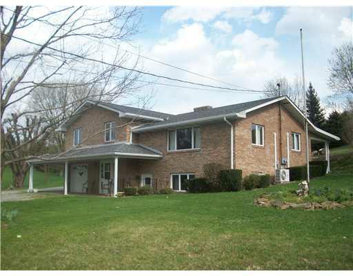 393 Mount Joy Road, Mt. Pleasant Twp, PA 15666 (MLS #909279) :: Broadview Realty