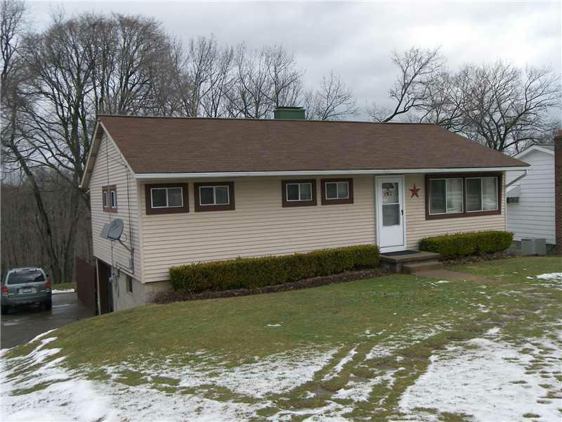 147 Delaware Dr, Twp Of But Nw, PA 16001 (MLS #948766) :: Keller Williams Realty