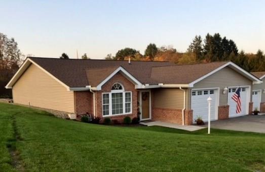 107 Apricot Ct, Somerset Boro, PA 15501 (MLS #1358371) :: Keller Williams Pittsburgh